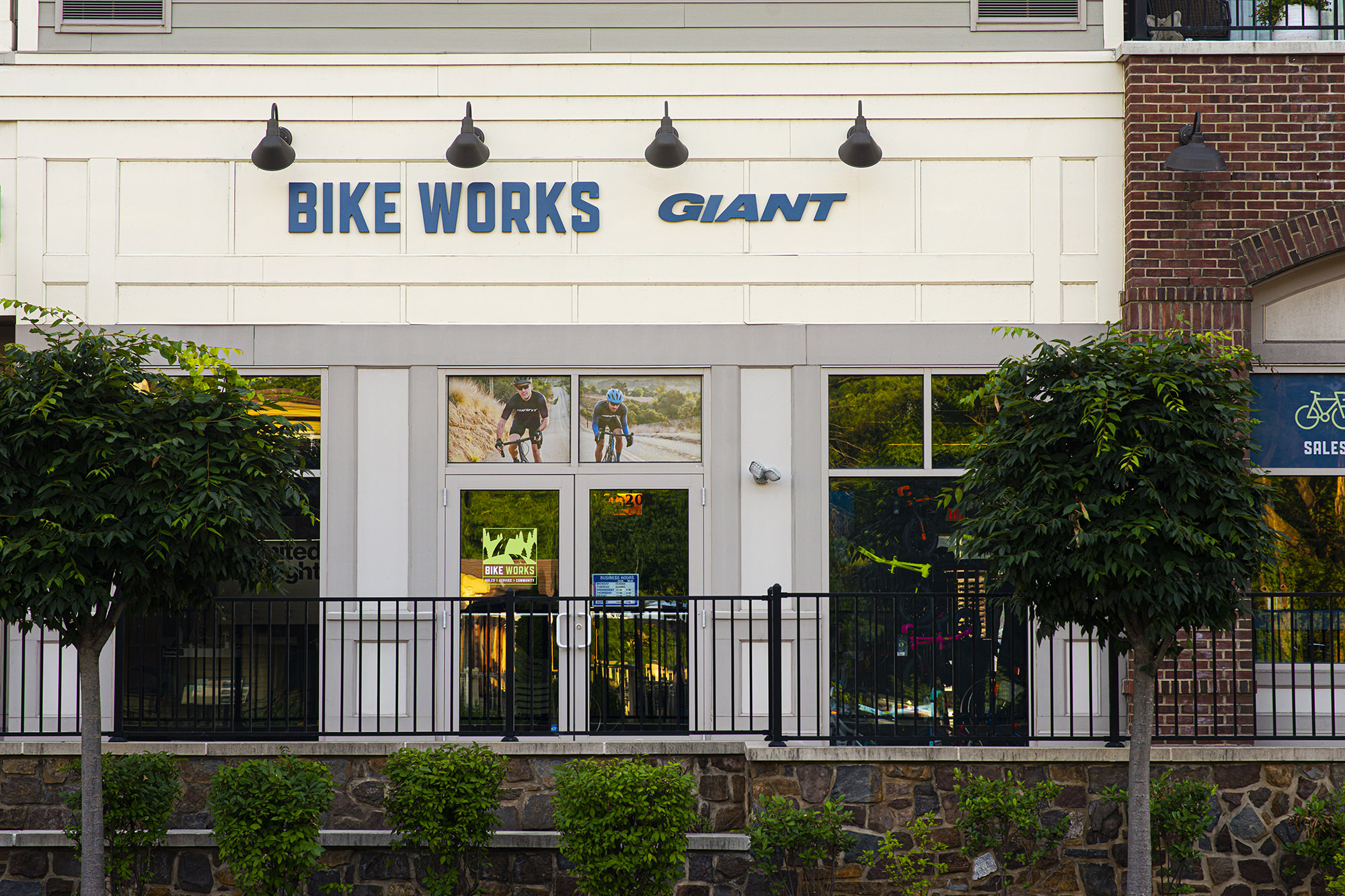 Bike Works opens their Newtown location with Giant Bicyles